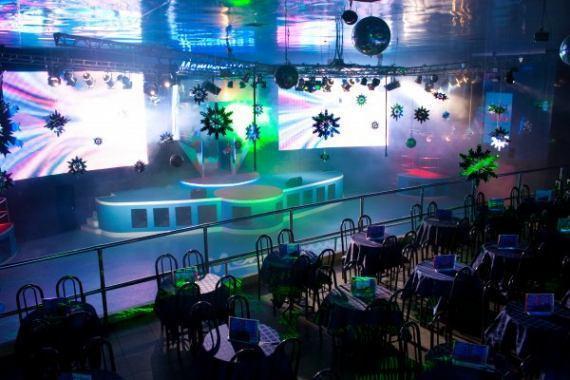В перестроенном кинотеатре открылся новый ночной клуб со старым имиджем - метелица-с